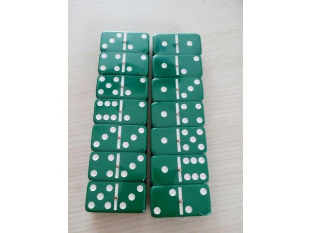 Dominó Pedras Coloridas 28 Peças - Cor Verde - 1/2