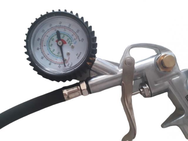 Calibrador de Pneu com Manômetro para Uso em Compressor - 3/3